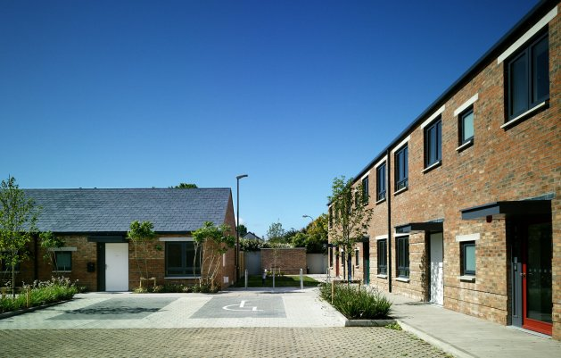 The Brambles, Park Close, DLR Architects