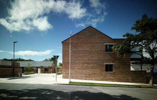 The Brambles, Park Close, View from Street, DLR Architects