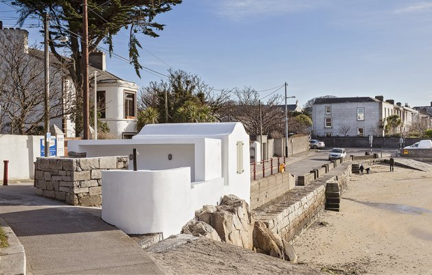 Sandycove Bathing and Lifeguard Hut, North Pier, DLR Architects, Dun Laoghaire, Sandycove
