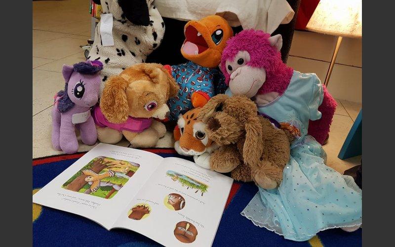 Teddies reading The Gruffalo