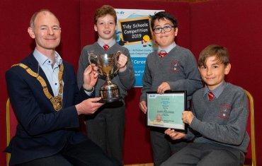 St. Laurence's Boys National School with Cathaoirleach Cllr. Ossian Smyth