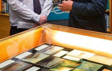 des branigan exhibition 01