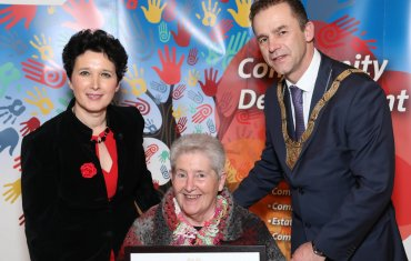 Margaret McCarthy(centre), Older Persons Category, pictured with Dearbhla Lawson, Director of Community and Cultural Development and An Cathaoirleach Councillor Tom Murphy.