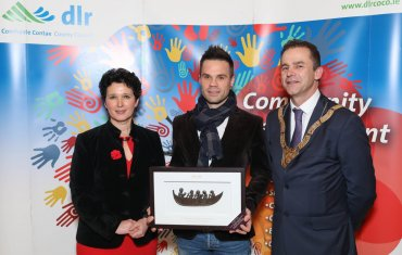 Shem Romanowski (centre), Social Inclusion Category, pictured with Dearbhla Lawson, Director of Community and Cultural Development and An Cathaoirleach Councillor Tom Murphy.